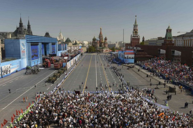 Dans le centre de Moscou, une foule de... (Photo Agency Host /RIA Novosti, Reuters)