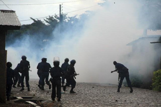 Une vingtaine de personnes ont été tuées depuis... (PHOTO JEAN PIERRE HARERIMANA, REUTERS)