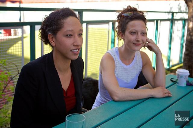 Grâce à MAP, Coralie (à gauche) a pu... (Photo André Pichette, La Presse)