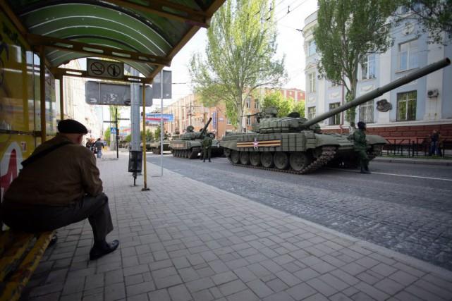 Le conflit entre rebelles prorusses et forces de... (PHOTO ALEKSEI FILIPPOV, AFP)