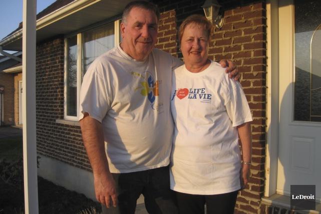 Le couple formé de Claude et Nicole Bourgon... (Martin Brunette, LeDroit)