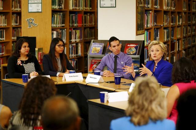 La candidate démocrate à la Maison-Blanche pour 2016... (Photo Mike Blake, Reuters)