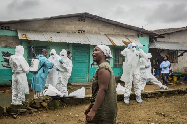 L'épidémie d'Ebola, une fièvre hémorragique très dangereuse, a... (PHOTO DANIEL BEREHULAK, ARCHIVES THE NEW YORK TIMES/AP)