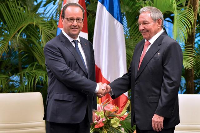 Dans la soirée, le président français s'est aussi... (Photo: Reuters)