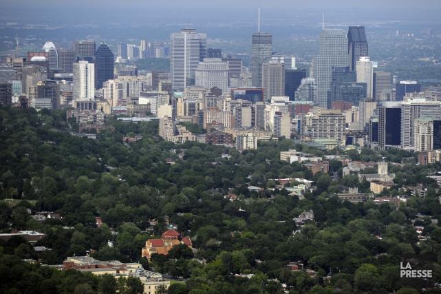 Alors que le gouvernement multiplie les compressions, les dépenses des villes... (PHOTO DAVID BOILY, ARCHIVES LA PRESSE)