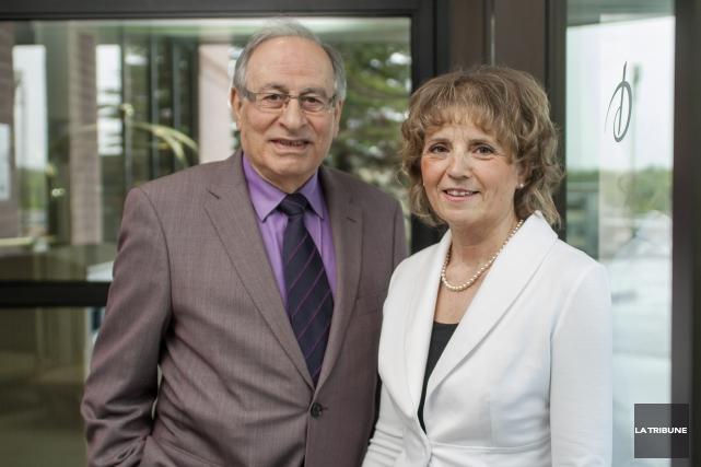 Le Dr Khalil Khoury et l'infirmière Sylvie Lanthier... (Archives, La Tribune)