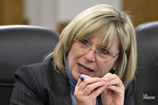 La ministre de la Famille du Québec, Francine... (PHOTO ARCHIVES LA PRESSE CANADIENNE)