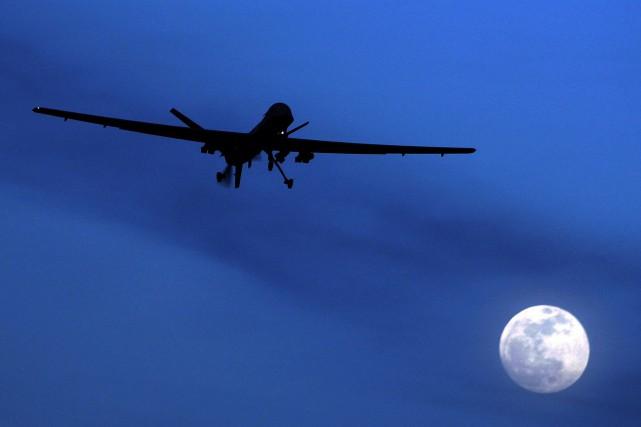 Le drone, probablement américain, a visé un véhicule... (PHOTO ARCHIVES AP)