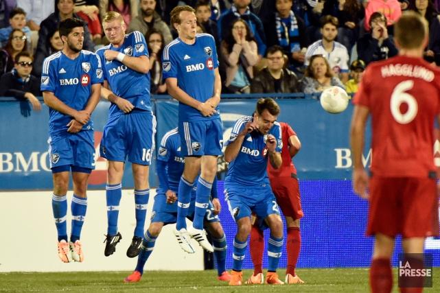 Après une première confrontation entre les deux clubs... (Photo Bernard Brault, La Presse)
