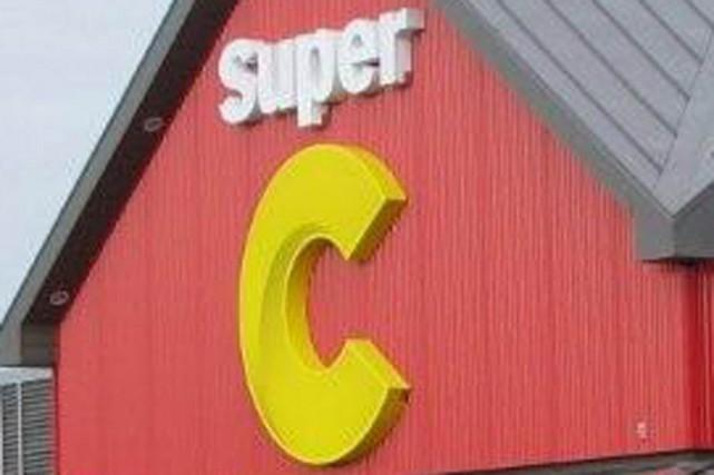 Réunis en assemblée de ratification le 17 mars dernier, les employés du Super C...