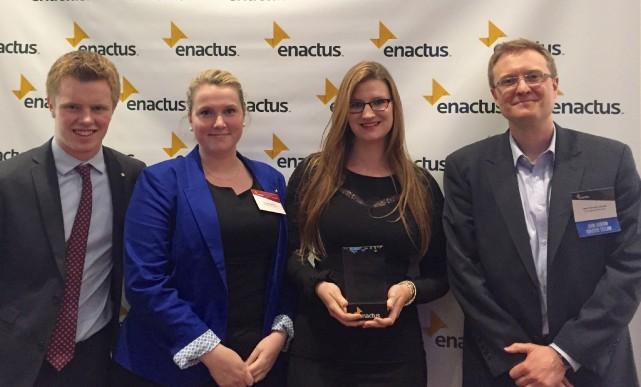 L'équipe Enactus qui représentait l'Université de Sherbrooke à... (Photo fournie)