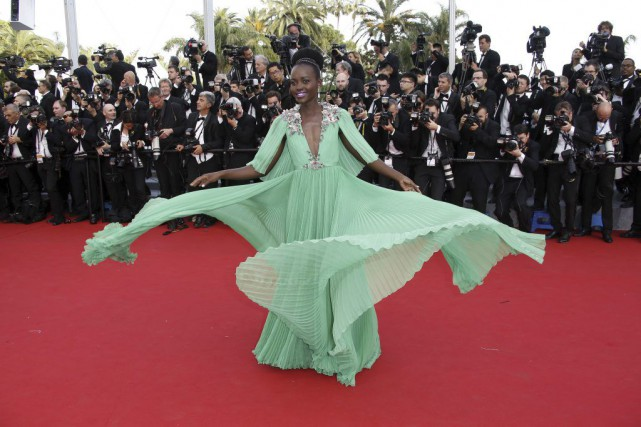 Lupita Nyong'o sur le tapis rouge de Cannes.... (Photo: AFP)