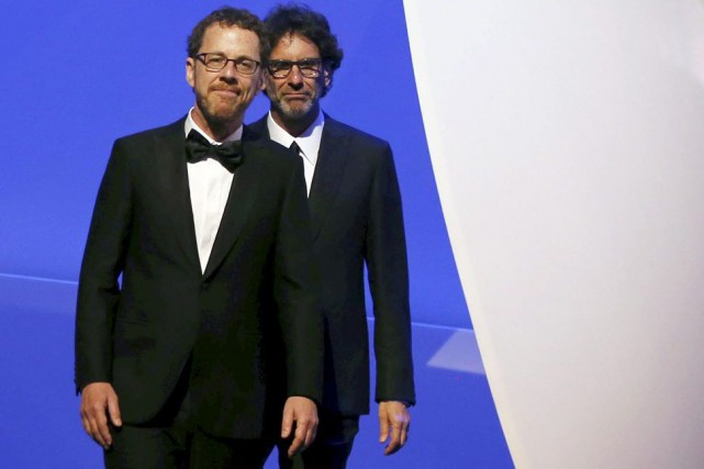 Ethan et Joel Coen... (PHOTO ARCHIVES REUTERS)