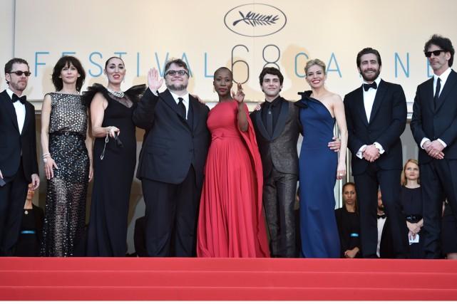 Le jurydu Festival de Cannes 2015: Ethan Coen,... (AFP, BERTRAND LANGLOIS)