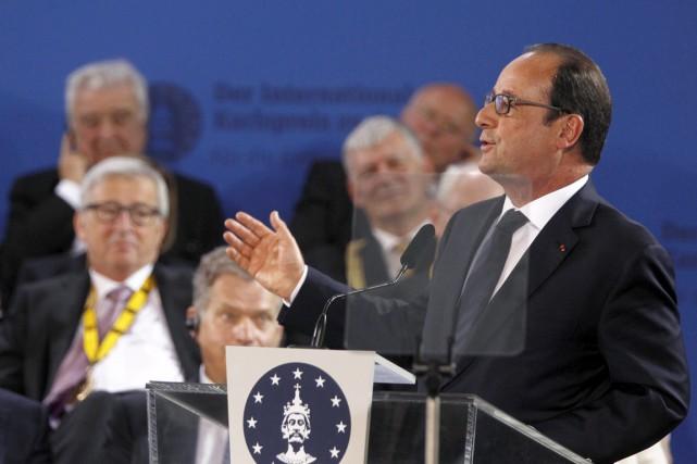 Le président français François Hollande àAix-la-Chapelle, le 14... (PHOTO INA FASSBENDER, REUTERS)