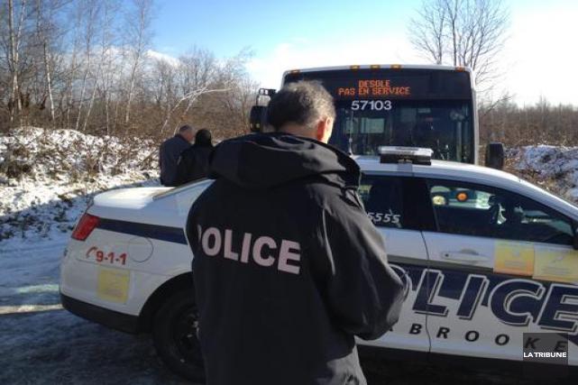 L'équipe de recherche en forêt du Service de police de Sherbrooke est de retour... (La Tribune, René-Charles Quirion)