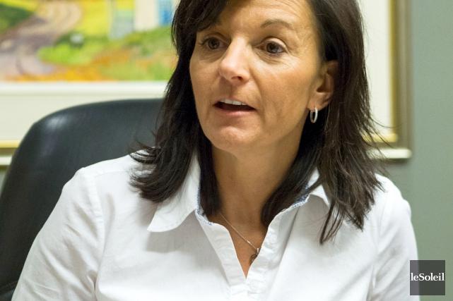 La mairesse de Sainte-Brigitte-de-Laval, Wanita Daniele,a salué l'arrivée... (Le Soleil, Caroline Grégoire)