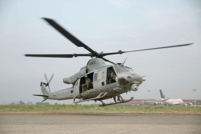 Plus d'une dizaine d'appareils militaires américains participent aux... (PHOTO ARCHIVES AFP/US MARINE CORPS)