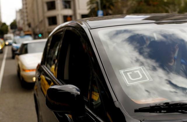 L'auteur explique qu'Uber devrait concurrencer loyalement les autres... (PHOTO ROBERT GALBRAITH, REUTERS)