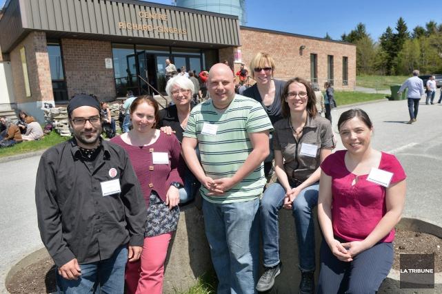 Sur la photo se trouvent le comité organisateur... (Imacom, Maxime Picard)