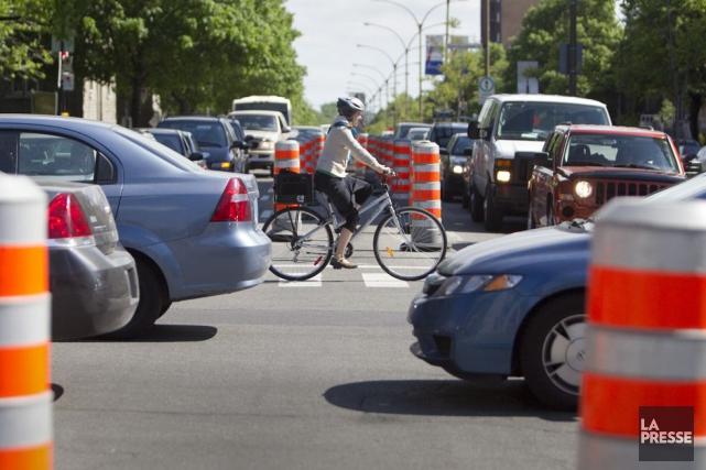 Les cyclistes doivent faire leurs devoirs, estime une... (Archives La Presse)
