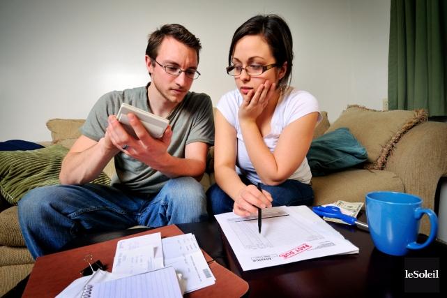 En mars, StatistiqueCanada révélait que le niveau d'endettement... (Photothèque Le Soleil)