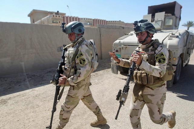 L'aide inclut la livraison d'armes lourdes, de munitions... (PHOTO ARCHIVES AP)
