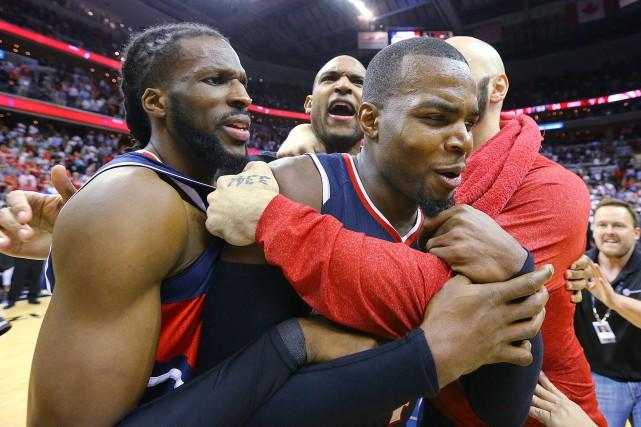 Les Hawks participeront à la série finale de... (PHOTO AP)
