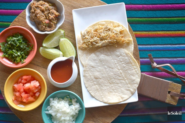 Classique au Mexique, tendance depuis cinq ans aux États-Unis, le taco défie... (Le Soleil, Yan Doublet)