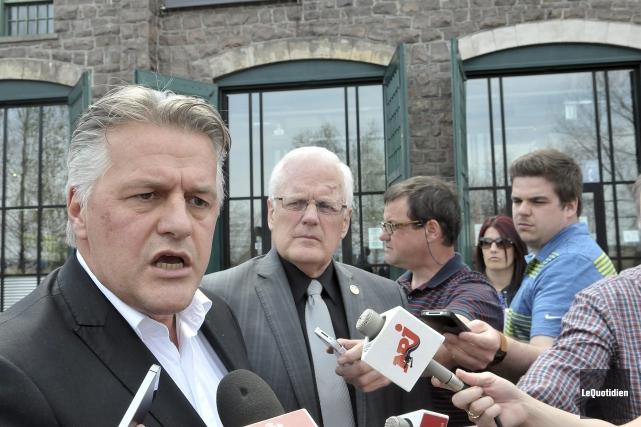 Le ministre Laurent Lessard a invité le Forestier... (Photo Le Quotidien, Rocket Lavoie)