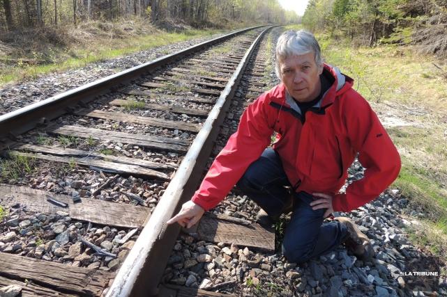 Robert Bellefleur, très inquiet pour sa sécurité sur... (La Tribune, Ronald Martel)