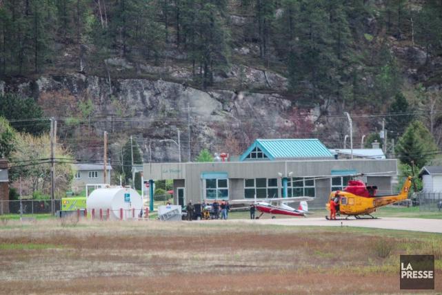 Atterrissage d 39 urgence d 39 un a ronef en haute mauricie for Haute zone gatineau