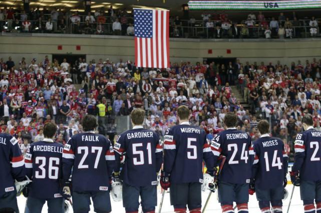 La formation américaine amérité sa deuxième médaille de... (PHOTO PETR DAVID JOSEK, AP)