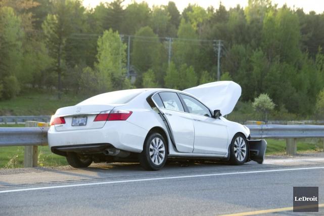 Un véhicule impliqué dans un accident mortel sur... (Martin Roy, Archives Le Droit)