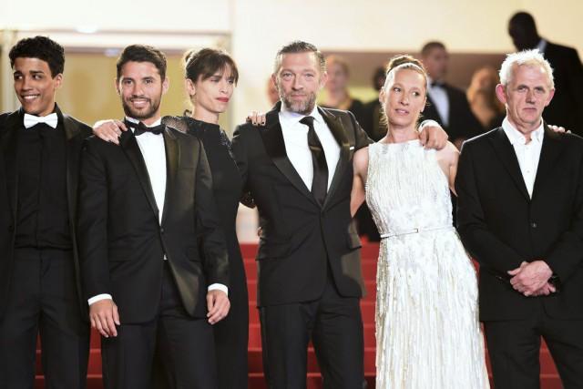 Les acteurs de Mon roi... (PHOTO ANNE-CHRISTINE POUJOULAT, AFP)
