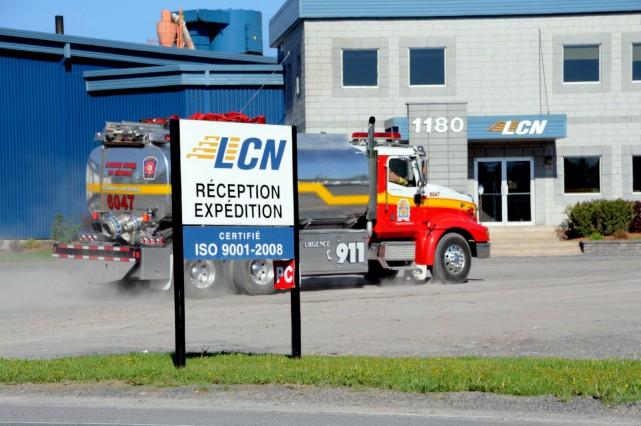 Un incendie a détruit une partie des installations de l'entreprise de... (Photo collaboration spéciale Éric Beaupré)