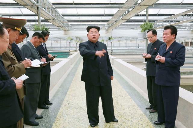 «Kim Jong-Un devrait être honoré pour son combat... (PHOTO AFP/KCNA)