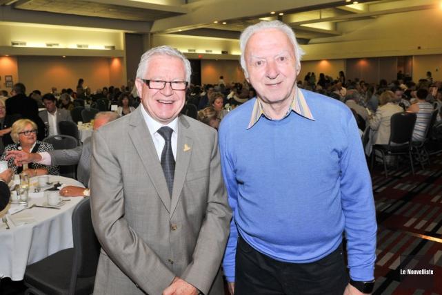 Jean-Guy Doucet et Gaétan Frigon, respectivement président du... (Photo: Émilie O'Connor, Le Nouvelliste)