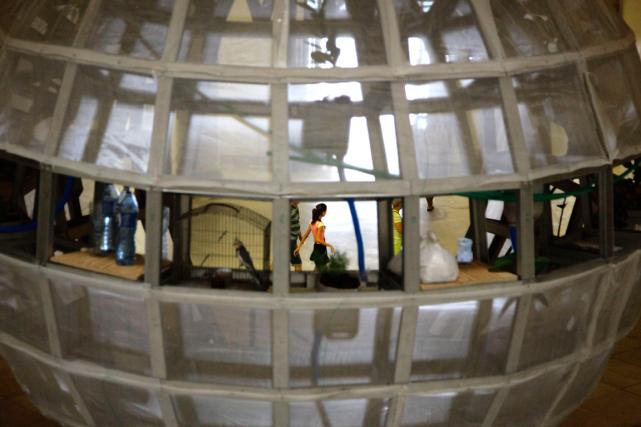 L'ouverture de l'exposition jeudi coïncide avec une nouvelle... (Photo Desmond Boylan, AP)