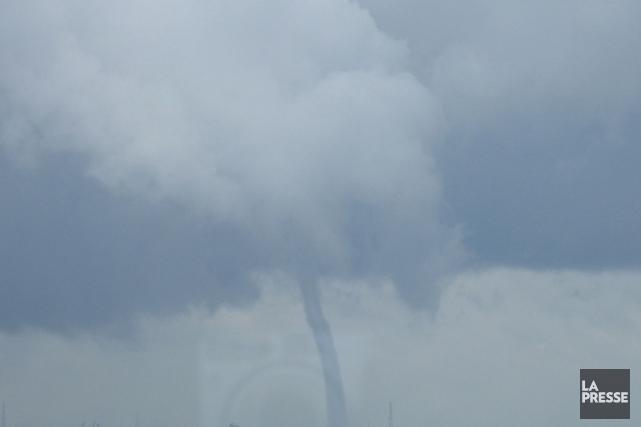 Les conditions météo étaient propices au développement de tornades dans le... (Archives La Presse)