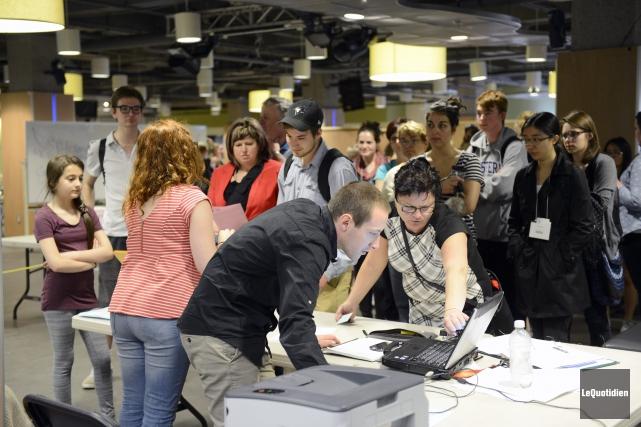 Des élèves de partout au Canada fréquenteront l'Université... (Photo Le Quotidien, Jeannot Lévesque)