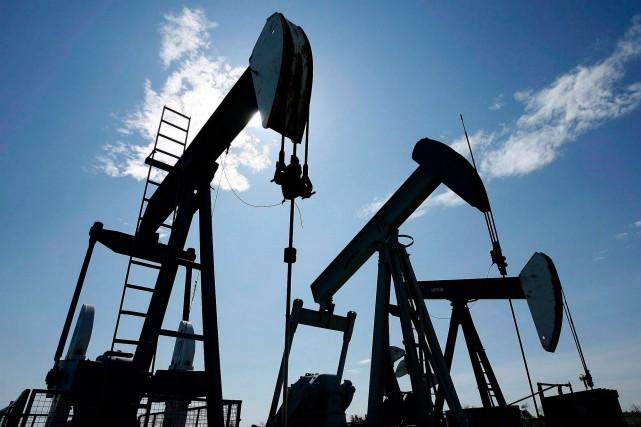 Les compagnies pétrolières et les sociétés d'ingénierie pétrolière... (PHOTO LARRY MACDOUGAL, ARCHIVES LA PRESSE CANADIENNE)