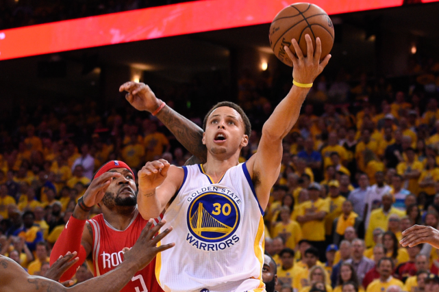 Stephen Curry a récolté 34 points dans la... (Photo Kyle Terada, USA Today)
