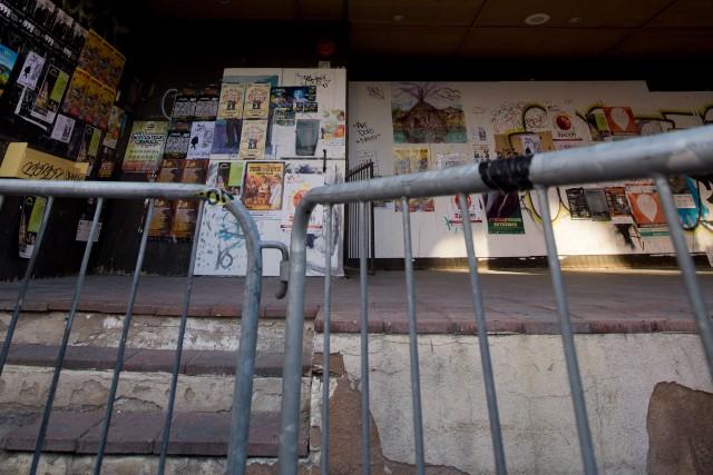 La démolition de l'ancien Maysen Pub, au centre-ville de Sherbrooke, ne se fera... (Archives La Tribune)