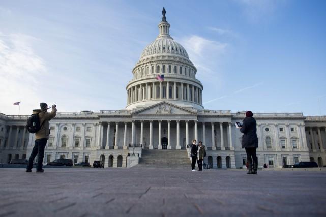 Les sciences sociales, comportementales et économiques perdraient d'office... (PHOTO ARCHIVES AFP)