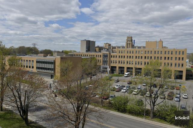 Si le nouvel l'hôpital était construit le long... (Le Soleil, Pascal Ratthé)