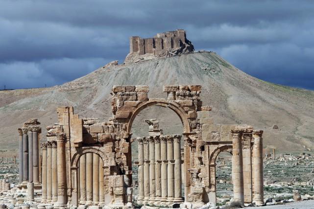 Le contrôle de l'EI de cette ville vieille... (PHOTO JOSEPH EID, ARCHIVES AFP)