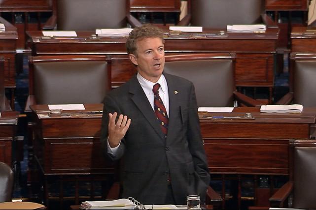 À 13h18 mercredi, le sénateur et candidat à... (IMAGE SENATE TV/AP)