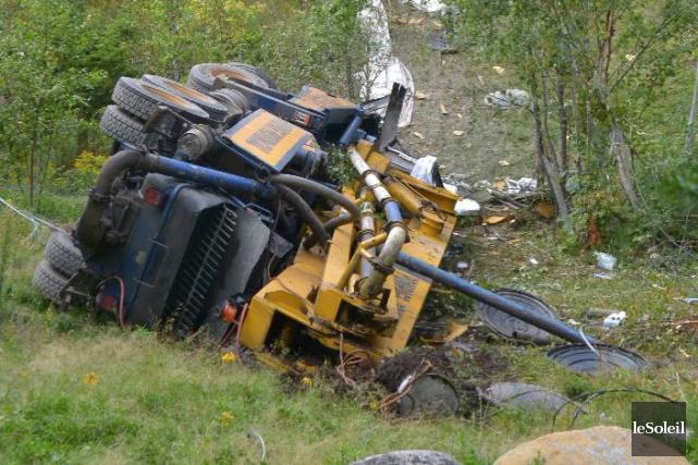 Les photos de la scène d'accident prouvent que... (Photothèque Le Soleil)