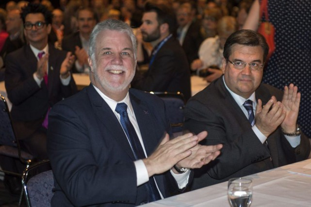 Philippe Couillard et Denis Coderre ont profité de l'allocution... (PHOTO PAUL CHIASSON, LA PRESSE CANADIENNE)